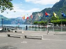 Kantonsvlaggen in Flüelen
