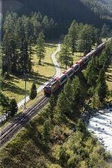Glacier Express Bever valley