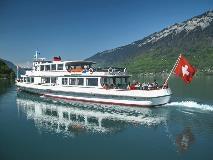 Toeristenboot op de Brienzersee