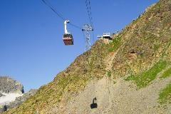 Cable car to Piz Nair