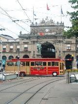 Voorkant van het centraal station in Zürich