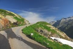 Panorama road to the Oberaarsee