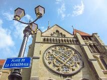Lausanne Cathedral square