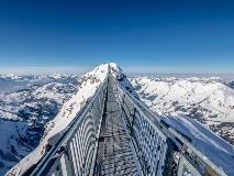 De 'Cliff Walk' op Glacier 3000