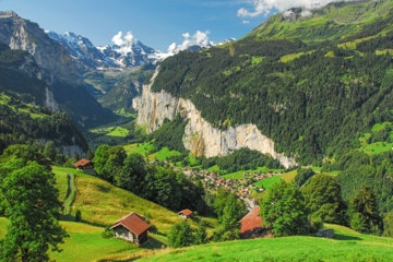 Lauterbrunnen valley seen from the train to Kleine Scheidegg