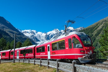 Bernina Express bij Morteratsch