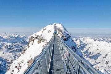 "The ""Peak Walk"" suspension bridge at Glacier 3000"