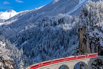 Landwasser viaduct in winter