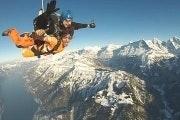 Skydive vanuit een helikopter in de Jungfrauregio
