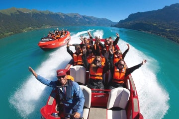 Scenic Lake Brienz jetboat ride
