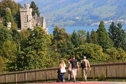 Guided walk along the Lake Lucerne castles