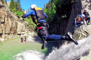 Small-group canyoning, abseiling and ziplining from Interlaken