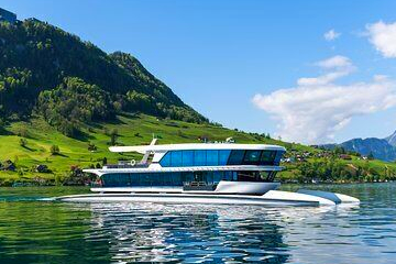 1-hour boat round trip from Lucerne to Kehrsiten-Bürgenstock and back