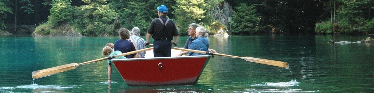 Boat trip over Blausee