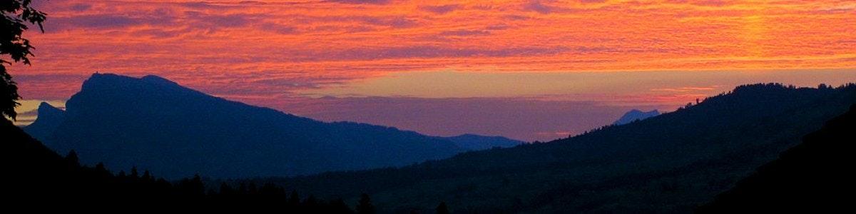 Evening sky over Niederhorn from Frutigen