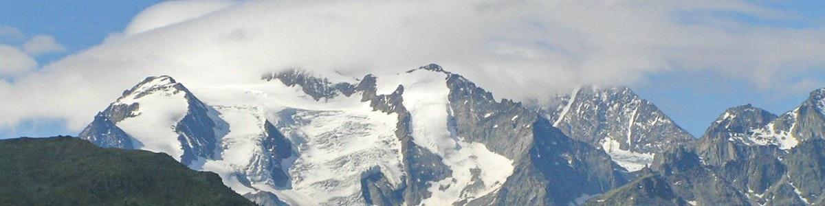 Bergtoppen boven het Mattertal