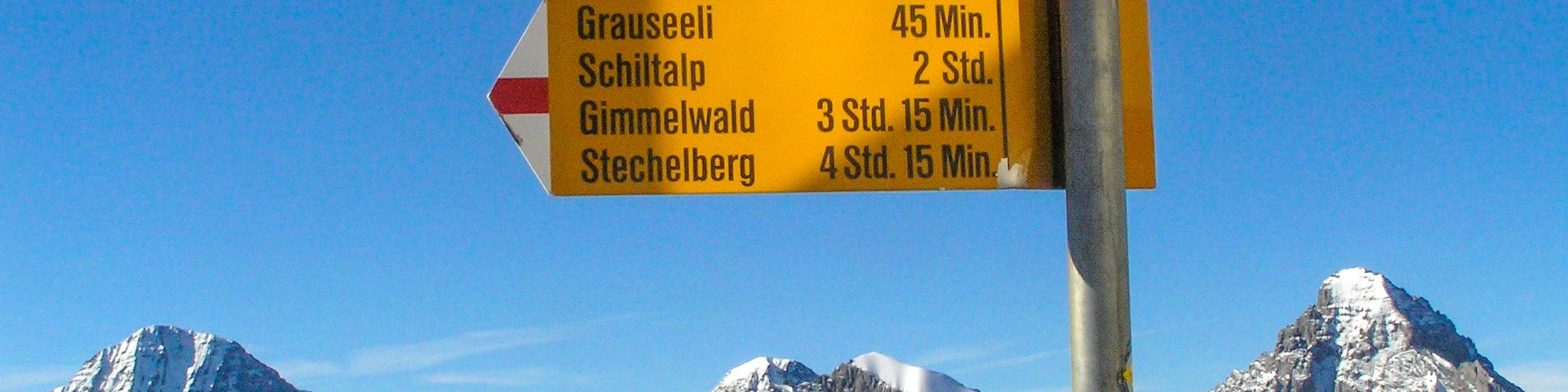 Hiking sign Mürren