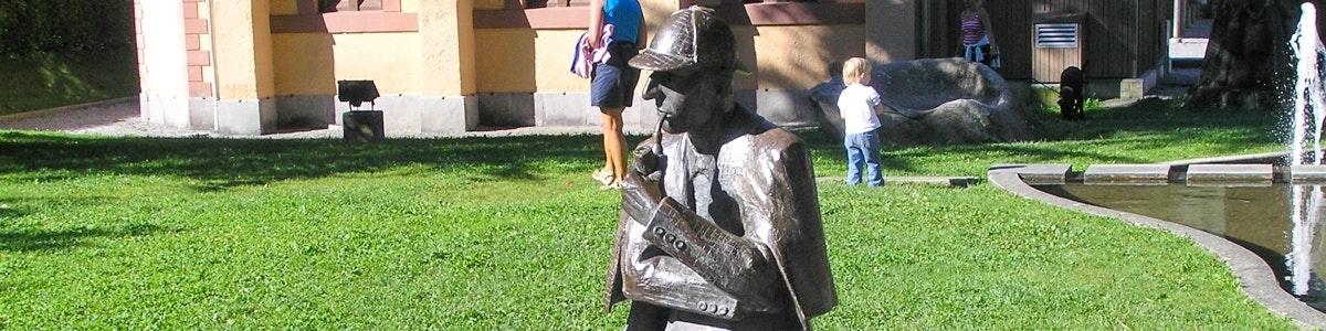 Sherlock Holmes statue in Meiringen