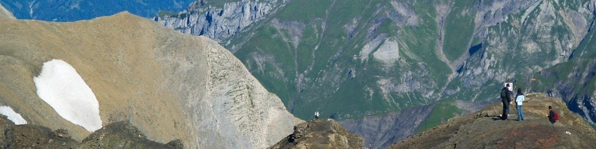 Bergen ten noorden van Schilthorn