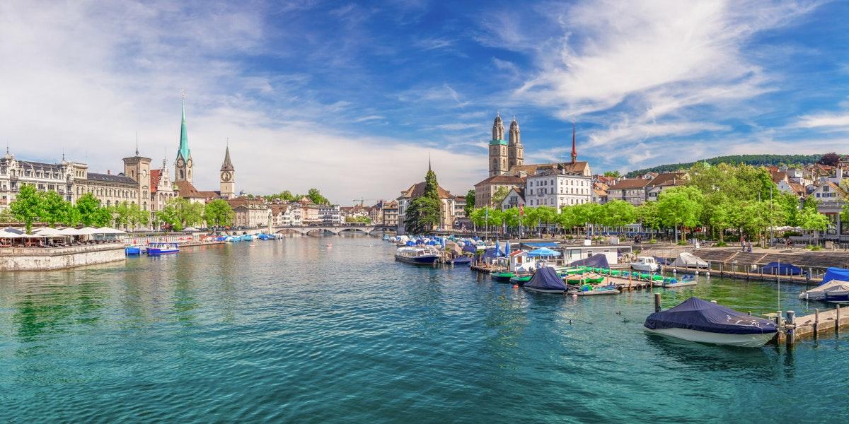 Zürich Grossmünster Limmat